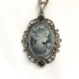 Jewelry - Vintage Style Cameo Pendant and Necklace